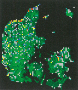 Figur 3.5 - Hotspot-kort over plantearter i stærk tilbagegang i Danmark. I de orange kvadrater er der fundet 7-8 arter og i de røde er der fundet over 8 arter.